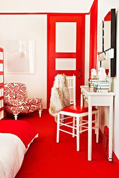 Get the Look: A Bedroom Where Red Rules via @MyDomaine