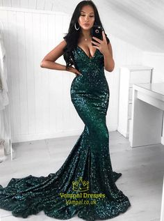 Prom Dress Green, V-neck Prom Dress, Prom Dress Long, Prom Dress, 2019 Prom Dress Prom Dresses Long Prom Dress Green, Sequin Prom Dresses, Mermaid Prom Dresses, Dance Dresses, Bridesmaid Dresses, Dress Prom, Mermaid Outfit, Green Sparkly Dress, Buy Dress