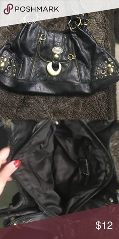 Black 👛 purse CLEARANCE 👛 Used a bit but in good condition Bags Shoulder Bags