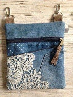 Good Photographs lace-jeans Style I love Jeans ! And a lot more I want to sew… Good Photographs lace-jeans Style I love Jeans ! And a lot more I want to sew my own, personal Jeans. Next Jeans Sew Along I am plan Diy Bags Purses, Purses And Handbags, Women's Bags, Pochette Portable, Lace Jeans, Diy Sac, Denim Handbags, Denim Purse, Denim Tote Bags