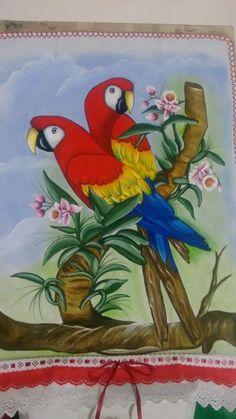 Fabric Paint Shirt, Fabric Painting, Pencil Art Drawings, Bird Drawings, Fabric Paint Designs, Wonder Art, Baby Drawing, Beautiful Gif, Gourd Art