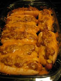 Really a huge fan of hot dogs, and these look pretty darn good! Hot Dog Recipes, Pork Recipes, Cooking Recipes, I Love Food, Good Food, Yummy Food, Baked Hot Dogs, Comfort Food, Corn Dogs