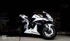 09 HONDA CBR 600 Cool Dirt Bikes, Custom Sport Bikes, Honda Cbr 600, Honda Bikes, Cool Motorcycles, Bike Parts, Super Bikes, Motorcycle Bike, Street Bikes