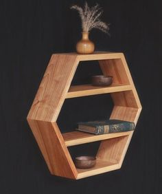 Pineapples are the new black! • #atolyeceviz  #woodwork #handcrafted #design #ahsap #ahsaptasarım #tasarım #mimari #dogalahsap #ahsapmobilya #masifmobilya #agac #içmimari #dizayn #izmir #turkey #ahsapraf #raf #instamobilyadekorasyon #instamobilya #instafurniture #instagram #tasarımsehpa #work #masif #masifsehpa #masifmobilyalar #mobilya #ahsaptasarim #ahşapraf http://turkrazzi.com/ipost/1516744600320459471/?code=BUMjy2NF8LP