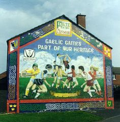 Gaelic games Erin Go Bragh, Irish Culture, Murals Street Art, Sports Art, Northern Ireland, The Past, Paintings, Games, Music