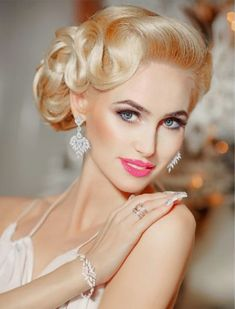 Art Deco Earrings, Bridal Earrings, Glamour Hair, Vintage Fashion, Vintage Style, Crystals, Pretty, Blondes, Beauty