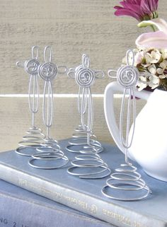 Set of 15 Wire Cross with SwiRL BaSe  Picture by Sparrowstation, $25.00