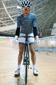 News are not over, our stellar skinsuits are finally back in stock!  Speed up your session at laclassica.com