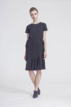 IMRECZEOVA SS16 black dress with pleated skirt Ss16, Shirt Dress, T Shirt, Pleated Skirt, Skirts, Black, Dresses, Fashion, Skirt Pleated