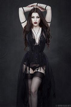 gothicandamazing:  Model: Threnody In VelvetPhoto: Iberian Black ArtsDress: Neon DuchessArm pieces: Elegant CuriositiesWelcome to Gothic and Amazing |www.gothicandamazing.org