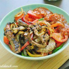 Diet Meals, Diet Recipes, Low Calories, Tzatziki, Paella, Kale, Guacamole, Smoothie, Slim