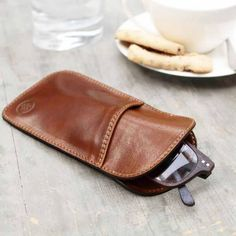 Luxury Italian Leather Men's Reading Glasses Case Rufeno Chestnut Tan | Maxwell Scott Bags | Wolf & Badger