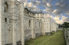 Château de Vincennes  France's largest and best-preserved medieval château, the recently restoredChâteau de Vincennesalso has the distinctionof being a 10-minute metro ride from central Paris