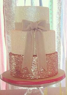 oh how clara would love a sparkly cake Glitter Birthday Cake, Glitter Party, Glitter Cake, Glitter Flats, Edible Glitter, Glitter Wedding, Pretty Cakes, Cute Cakes, Beautiful Cakes