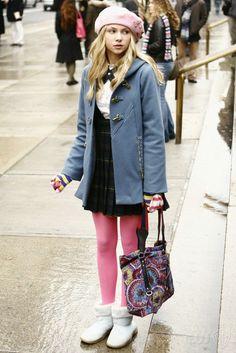 "Taylor Momsen as Jenny Humphrey ""The Thin Line Between Chuck and Nate"" Gossip Girls, Estilo Gossip Girl, Gossip Girl Outfits, Gossip Girl Fashion, Jenny Humphrey, Pink Tights, Taylor Momsen, Girl Inspiration, Mean Girls"