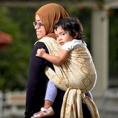 122 Best Baby Wearing Images Baby Slings Baby Wearing Babywearing