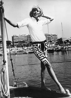 French actress Mireille Darc poses in Cannes marina during her holiday, August Get premium, high resolution news photos at Getty Images Blonde Actresses, Black Actresses, Young Actresses, English Actresses, Female Actresses, Suzanne Vega, Honeymoon Hotels, Delon, Becoming An Actress