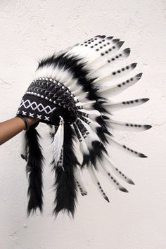 Child 5 to 8 years 54 cm inch Black and white Indian Headdress replica - catrina - Tatuagens Ideias Native American Wedding, Native American Decor, Native American Girls, American Indians, American History, Red Indian, Native Indian, Native Art, Indian Headress