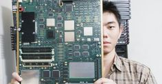 Cómo encontrar el nombre y el modelo de una placa base. En el mundo de la informática, es sumamente raro tener todos los componentes del mismo fabricante. De hecho, la mayoría de las compañías usan proveedores distintos para todo. Si necesitas diagnosticar un problema o cambiar un componente, quizás necesitas saber quién lo fabricó y su número de modelo.