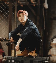 Come inside, he'll change your life. Exo Ot12, Kaisoo, Chanbaek, Luhan, Exo Members, Kpop, Pretty Men, Kihyun, Favorite Person