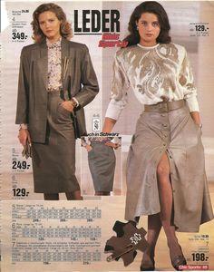 80s Fashion, Vintage Fashion, Womens Fashion, Female Fashion, Shopping Pictures, Vinyl Raincoat, Long Leather Coat, Catalog Shopping, Rocker