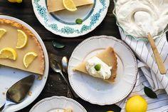 Tάρτα λεμόνι, vegan & νηστίσιμη (lemon pie) - madameginger.com Tacos, Lemon, Breakfast, Cake, Ethnic Recipes, Food, Breakfast Cafe, Pie Cake, Pie