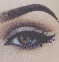 So Beautiful Smokey Eye Makeup