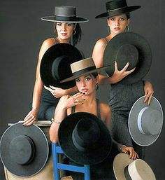 From : http://www.flamencoshop.com/hats/home.htm