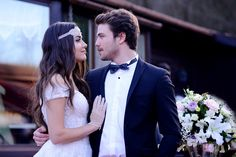 Best Turkish Actress Best Actress in European Union Tv Show Outfits, Cute Love Cartoons, Cute Couple Quotes, Turkish Beauty, Girly Pictures, Love Stars, Prince And Princess, Turkish Actors, Beautiful Couple