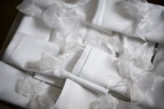 White napkin, white ribbon