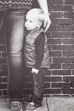 Great mother/son photo ideas!