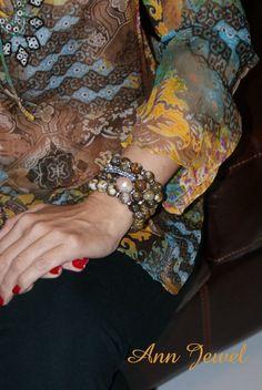 Set de pulseras hecho con agatas. Desde Miami