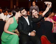 #Selfie time! Kareena Kapoor, Arjun Kapoor and Sonam Kapoor at the Yuva Awards show. #Bollywood #Fashion #Style #Beauty