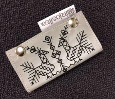 Tee itsesi näkyväksi persoonallisella heijastimella. Suuri Käsityö -lehden toimitus bongasi nämä hauskat ja tyylikkäät heijastimet Tampereen... Sewing Projects, Projects To Try, Diy And Crafts, Arts And Crafts, Inspiring Things, Handicraft, Needlework, Knit Crochet, Cross Stitch