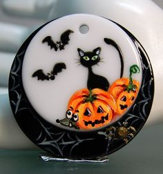 TRIZASDESIGNS- Handmade glass pendant, lampwork bead - HALLOWEEN 2 - LB0721-SRA colgante de cristal fundido, decorado con esmaltes.