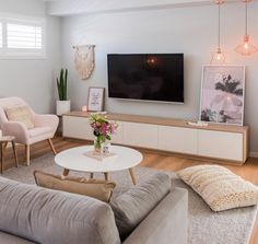 274 mentions Jaime 6 commentaires Simple Style Co. (Simple Style Co) sur I in 2019 Living Room Tv, Interior Design Living Room, Home And Living, Living Room Designs, Simple Living, Interior Colors, Cozy Living, Coastal Living, Living Room Inspiration