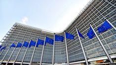 România are 77 de proceduri de infringement deschise de Comisia Europeană Ecommerce, Private Finance, Financial Regulation, Paris Climate, House Viewing, Investment Portfolio, Online Shops, Asset Management, Confidence Building