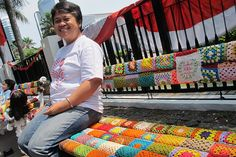 Jakarta Benches Get Yarn Bombed - Southeast Asia Real Time - WSJ