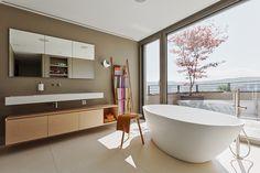 Project 317 by Meier Architekten « HomeAdore Beautiful Bathrooms, Meier, Bathtub, Interior Design, Instagram Posts, Projects, Videos, House Interiors, Detached House