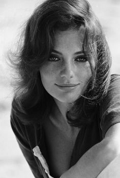 """۞ Winifred Jacqueline Fraser Bisset, born 1944,  in Weybridge, Surrey, England, is a British actress. Bisset has never married. She said in a 2008 interview, """"I used to feel claustrophobic. Like many people who don't easily commit, I think I had a fear of being known; I was not sure there was anybody inside there."""" In 2010, she received one of France's highest honours, the Légion d'honneur insignia, calling her 'a movie icon'. She divides her time between homes in England and California."""