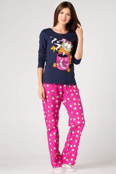 Pembe Kadın Garfield Baskılı Pijama Takımı 367227 | DeFacto Pajama Party Outfit, Pajama Outfits, Cute Outfits, Lingerie Sleepwear, Nightwear, Babydoll, Night Suit, Pajamas Women, Shirts For Girls