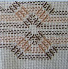 Discover thousands of images about Huck Embroidery / Punto Yugoslavo / Swedish Weaving / Bordado Vagonite Swedish Embroidery, Hardanger Embroidery, Ribbon Embroidery, Swedish Weaving Patterns, Loom Patterns, Needlepoint Patterns, Embroidery Patterns, Huck Towels, Sewing Crafts