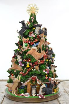 Danbury Mint Chihuahua Christmas Tree with Holiday Lights Ornaments & Gifts