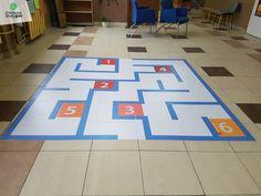 Najlepsze naklejki podłogowe, kreatywne strefy gier ceny, gry korytarzowe cena, kreatywne gry korytarzowe, gry na korytarz szkolny, gry podłogowe, szkolne gry korytarzowe, child, primary school, primary, teachers, playground games, kindergarden, hopscotch, corridors, gry i zabawy ruchowe, gry i zabawy ruchowe dla dzieci, gry na przerwie, gry po szkole, gry szkolne, malowanie gry, wyposażenie placu zabaw, zabawy ruchowe dla dzieci, znaki drogowe dla dzieci, zabawy grupowe dla dzieci…