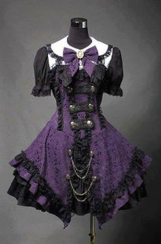 Purple and black lolita outfit