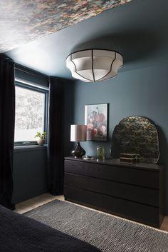 Dark Teal Bedroom, Dark Living Rooms, Dream Bedroom, Colorful Interiors, Living Room Designs, Bedroom Decor, House Design, Interior Design, Furniture