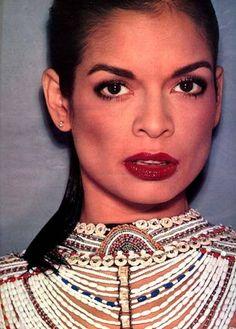 Bold lip, bold eyebrows   Bianca Jagger