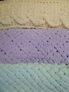 Hand-knitted blanket Babies blanket Soft blanket Baby blanket Custom blanket Newborn gift Baby Show Handmade Baby Blankets, Knitted Baby Blankets, Soft Blankets, Knot Blanket, Hand Knit Blanket, Finger Knitting Blankets, Baby Knitting, Finger Knitting Projects, Yarn Projects