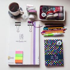 {DIY your own organizing planner}  Polish blog, English printables :)