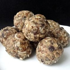 """Easy Energy Balls 